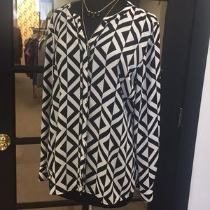 Dana Buchman Button Up Blouse